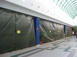 L'area del supermercato dopo la chiusura